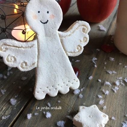 salt-dough-christmas-ornaments-3