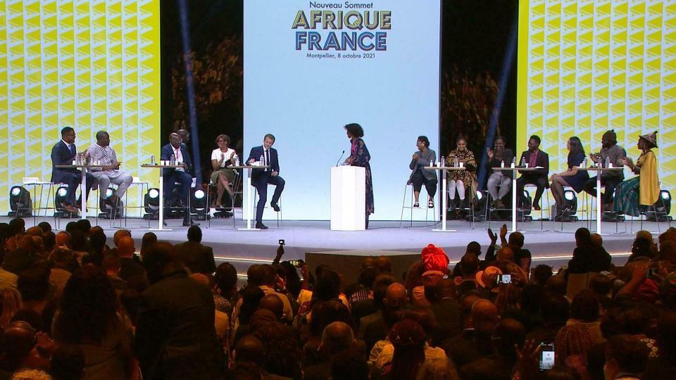 La jeunesse africaine et Macron au sommet Afrique-France