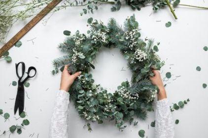couronne-diy-fleurs-noel-pinterest