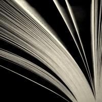 livre noir et blanc