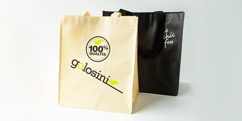black reusable bag and golosini bag
