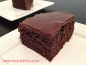 Zucchini brownie met melkchocolade topping
