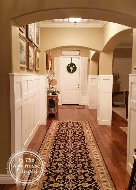 Neutral Entryway with Arches