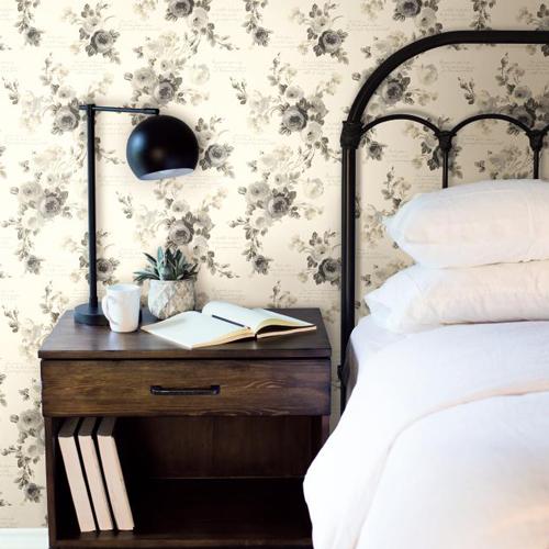 York Wallcoverings Joanna Gaines Magnolia Home Heirloom Rose Wallpaper Roomset 2