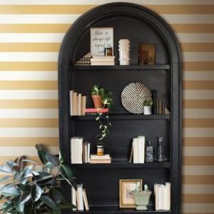 York Wallcoverings Joanna Gaines Magnolia Home Awning Stripe Wallpaper Horizontal Roomset