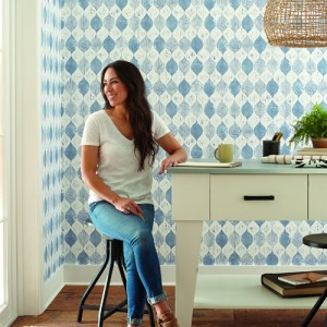 ME1568 York Wallcoverings Joanna Gaines Magnolia Home 2 Wood Block Print Wallpaper Room Setting