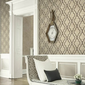 UK20907 Seabrook Wallcovering Pear Tree Studios Shimmer Faux Cork Trellis Wallpaper Taupe Room Setting