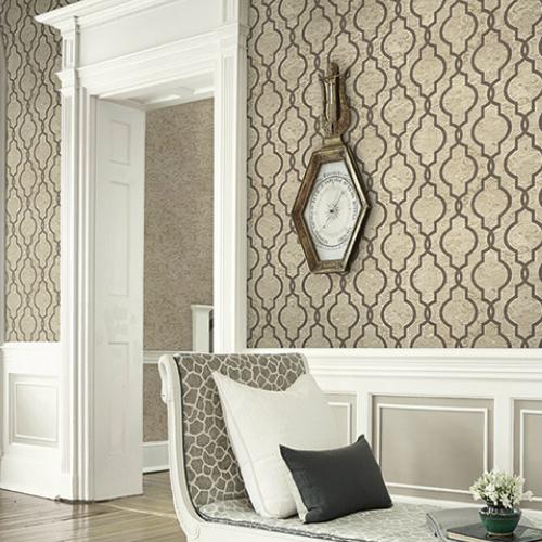 UK20907 Seabrook Wallcovering Pear Tree Studios Shimmer Faux Cork Trellis Wallpaper Taupe Room Setting