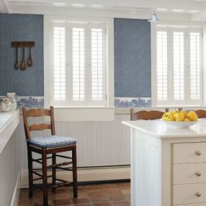 3119-13551B Brewster Wallcovering Chesapeake Kindred Parton Chicken Border Blue Room Setting
