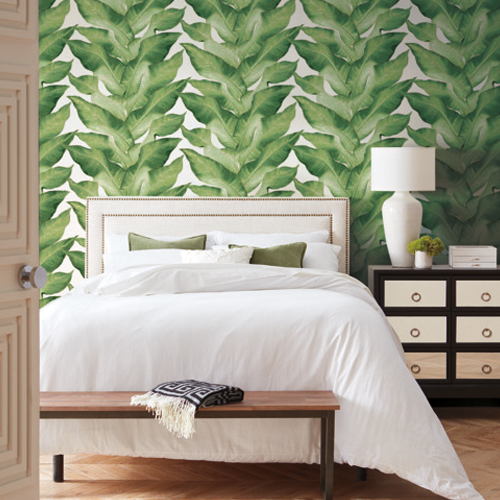 NV5541 York Wallcoverings Modern Heritage 125th Anniversary Edition Beverly Hills Wallpaper White Room Setting