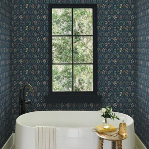 RI5129 York Wallcoverings Rifle Paper Co Hawthorne Wallpaper Navy Room Setting
