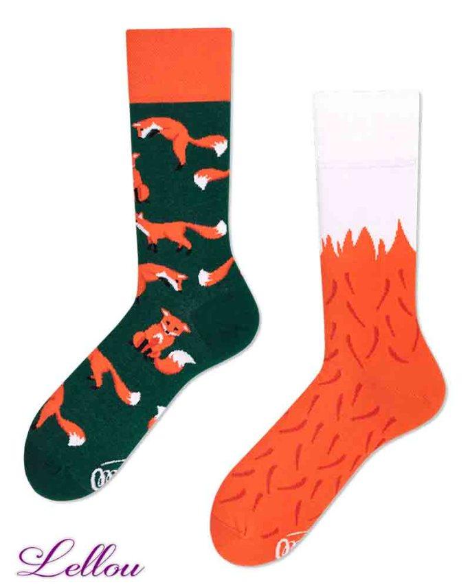 Chaussettes dépareillées Renard Socks amusantes et drôles. La vie est trop courte pour des chaussettes ennuyeuses! Production Europe