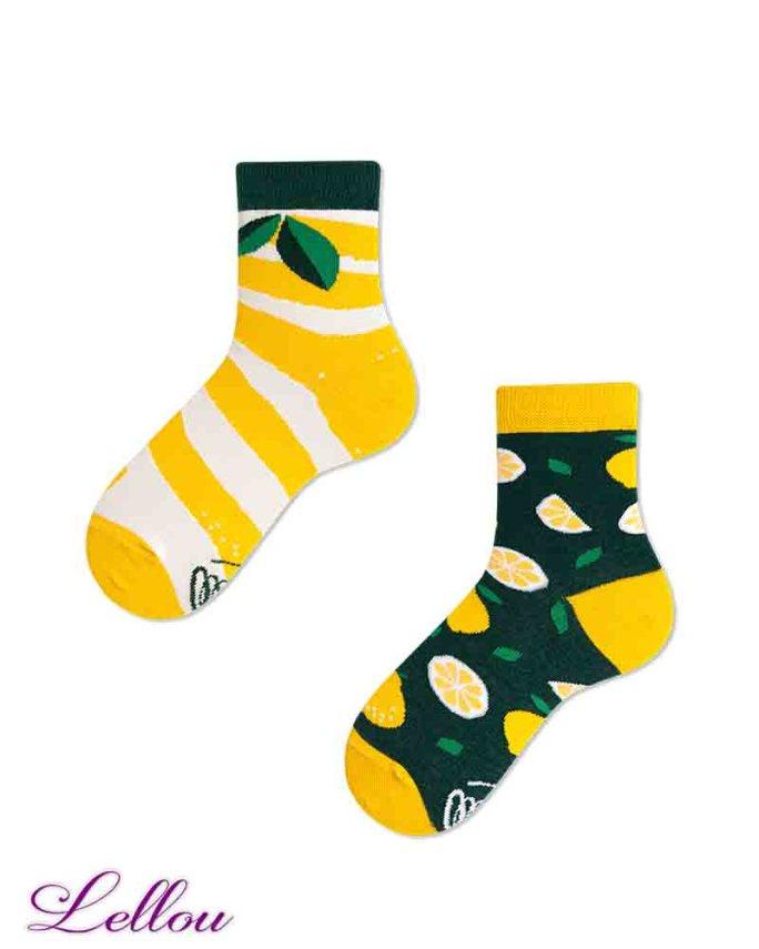 Chaussettes dépareillées Enfant Citron en coton amusantes et drôles. Petit clin d'œil pour être assorti aux chaussettes des adultes.