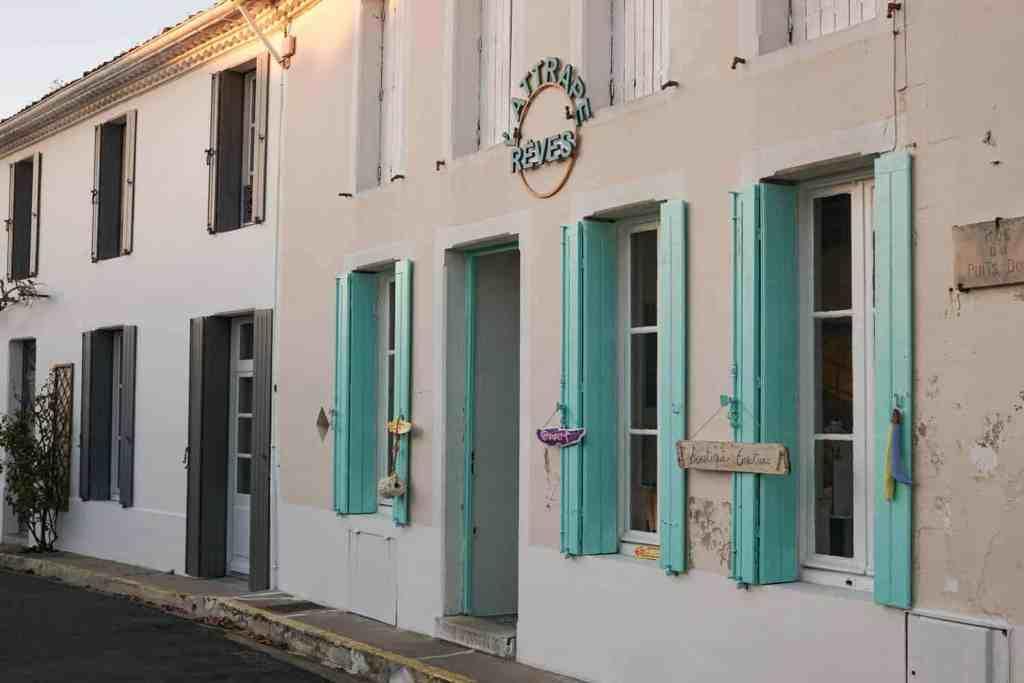 Streets of Mornac-sur-Seudre, France