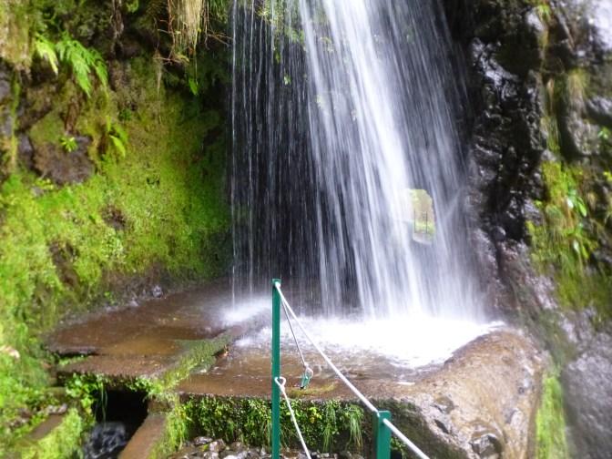 levada et tunnel derrière la cascade