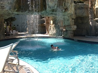 Pools (Sarasota)