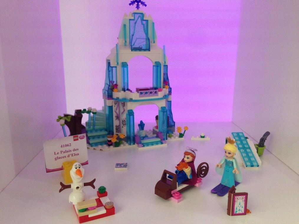 La Reine des Neiges - Le palais de glace d'Elsa - Référence : 41062 (environ 45 €)