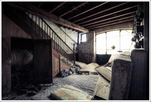 Le garage / chambre d'amis