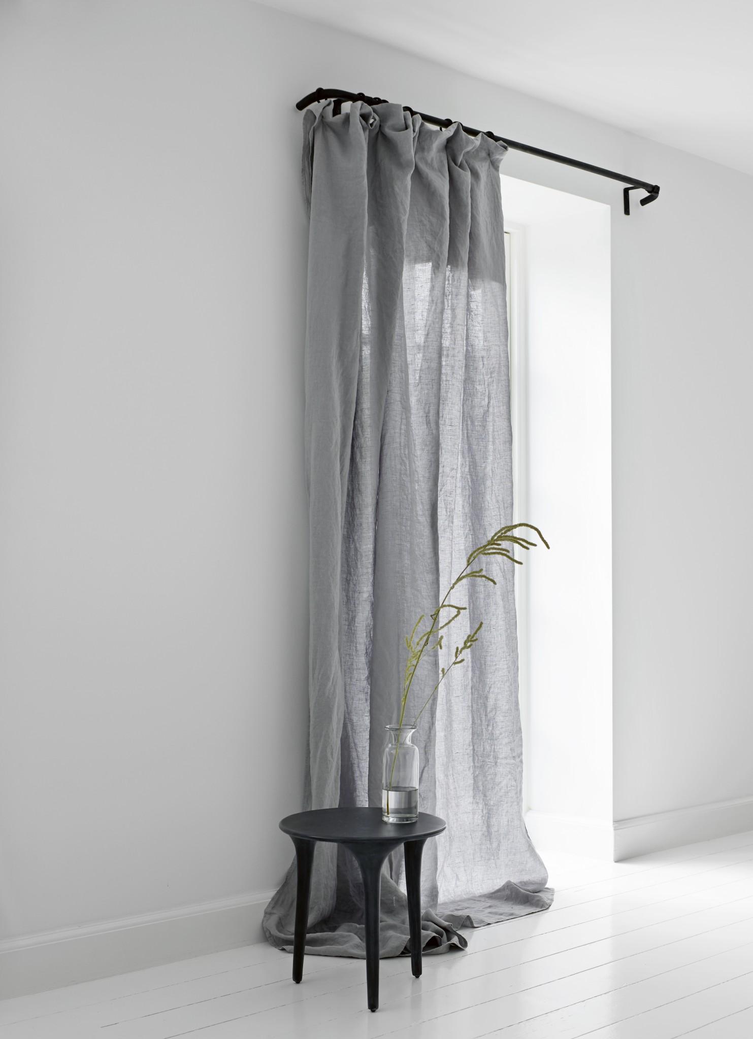 curtain tringle coudee en acier peint avec anneaux 160 cm