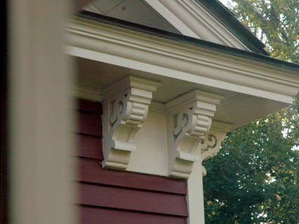 Jedediah Higgins House, Princeton, NJ, Exterior decorative support, cc-by lemasney