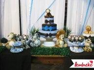 Mesa do bolo decorada
