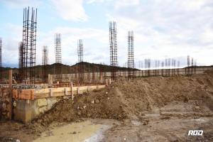 Nord-Ouest : Le DG Agabus Joseph a visité le chantier de la construction de l'hôpital de L'OFATMA 2