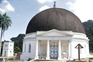 L'église catholique de Milot est incendiée 1