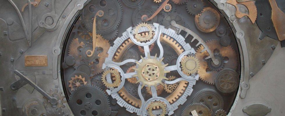 grande-horloge-room-rush