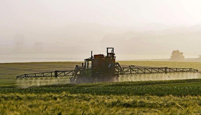pesticides épandage