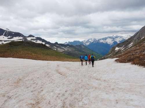 Course en montagne avec Vibram FiveFingers