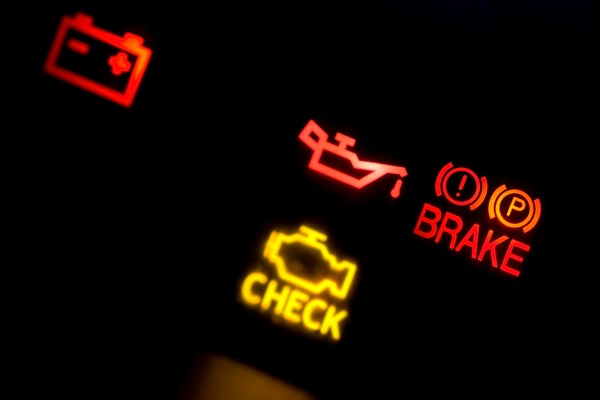 picture of check engine light
