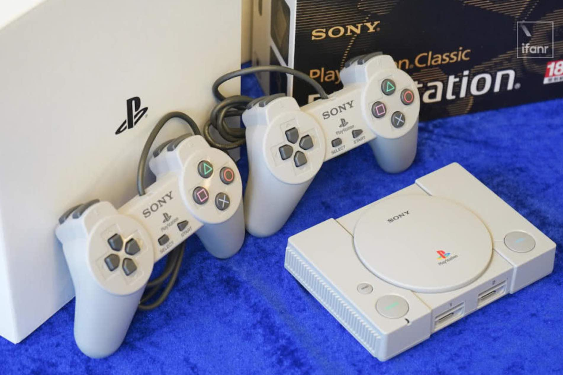 Sony re-enacted the original PlayStation game console: full of emotions