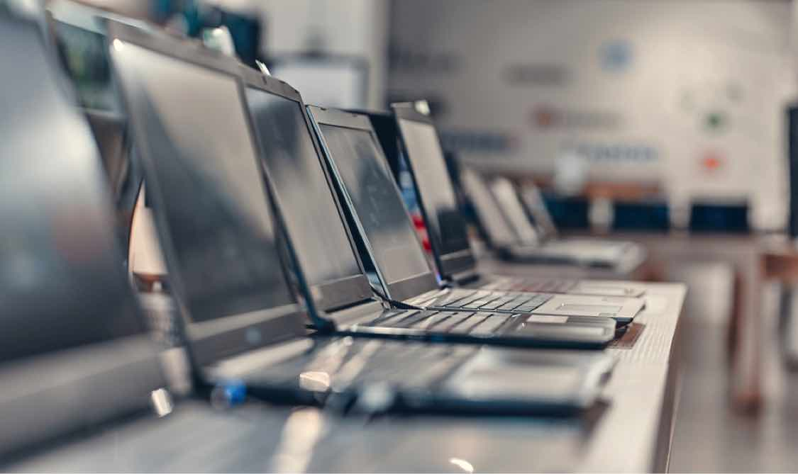 How to Buy a New Laptop and Save Money Doing It