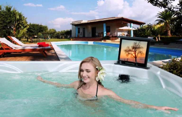 extra features in an infinity pool design