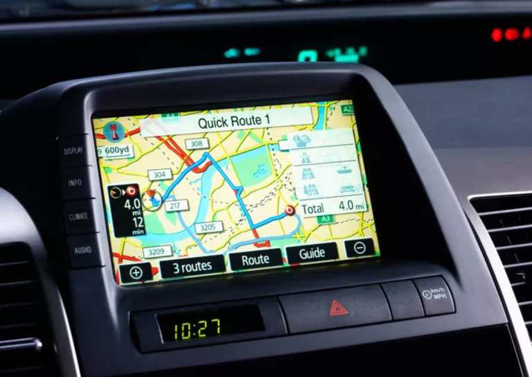 Reasons to use your in-built car navigation