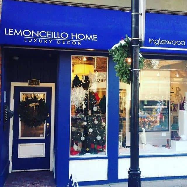 Lemonceillo Home at Christmas