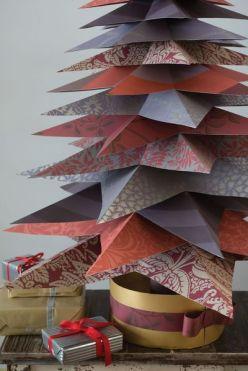 Comme une multitude de paquets cadeaux pour réaliser un sapin, ça c'est de l'esprit de Noël ou je ne m'y connais pas ! ©côtémaison