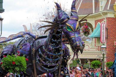 parade-festival-of-fantasy-1