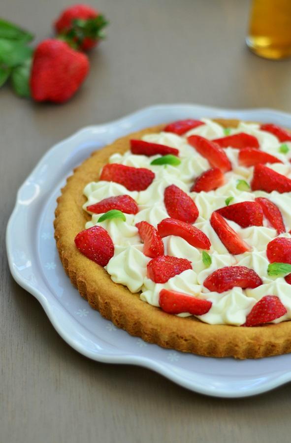 tarte sablée fraises et ganache basilic