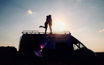 PORTRAIT INSPIRANT #3 : Devenir nomades en van aménagé – Marion&Flo