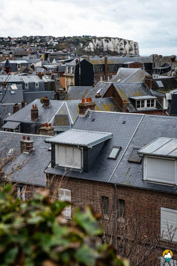 Baie de Somme - Mers-les-Bains - toits de la ville