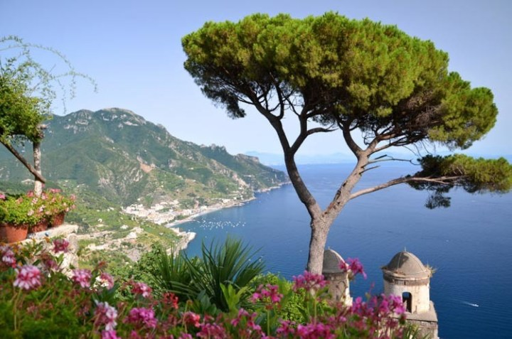 Vpusťme si na balkóny a terasy trochu středomořské atmosféry