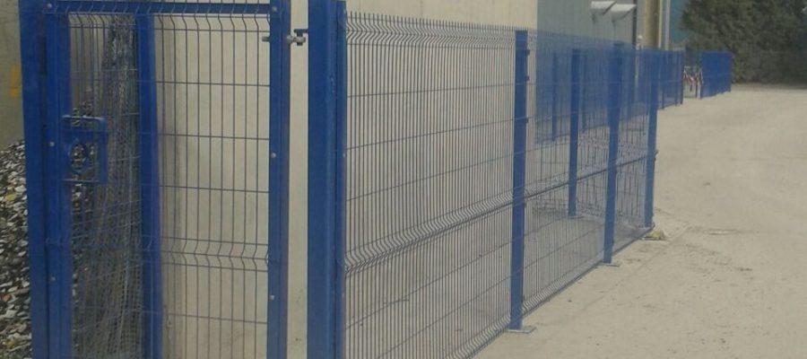 Security Gates Lemon Fencing Fencing In Essex Garden