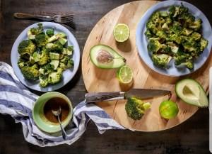 insalata di broccoli e avocado