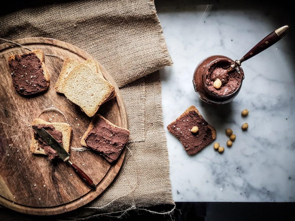 chocolate hummus