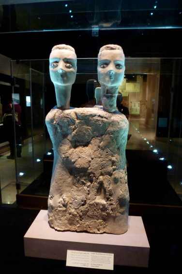 9000 year old statues