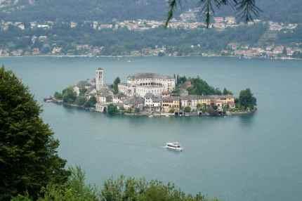 Isola San Giulio in Lake Orta