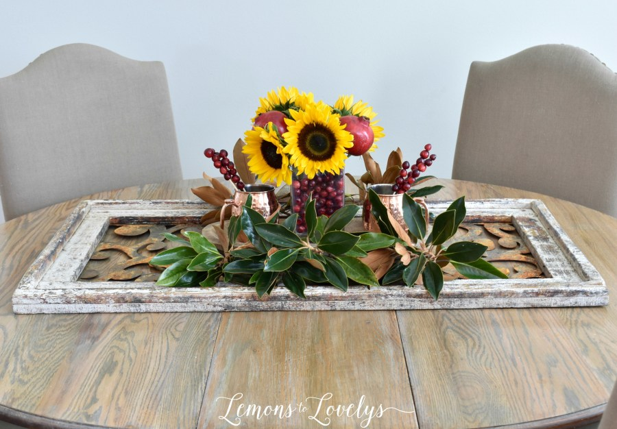 3 Decorating Tips for Thanksgiving More on the blog www.lemonstolovelys.com