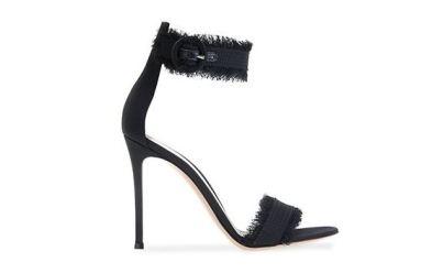 LOLA sandals - Gianvito Rossi (620€)