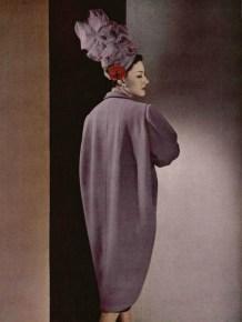 Tonneau line coat